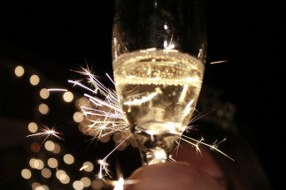 sparkling_wine__irish_toast_to_the_new_year__by_thekellychibi-d5q8qv2
